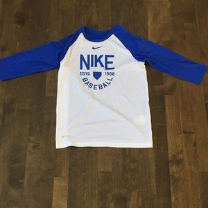 White nike baseball t-shirt